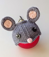 http://www.ravelry.com/patterns/library/mouse-hat-for-a-bauble
