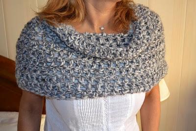 Bufanda-Chal cerrado en tubo de crochet