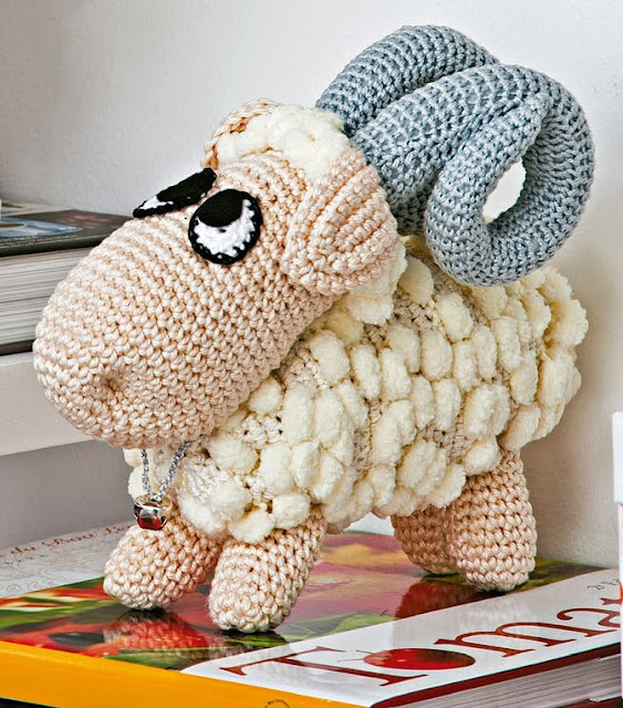 Elefante peluche, amigurumi de Two bee, patron gratis.Elephant ... | 640x563