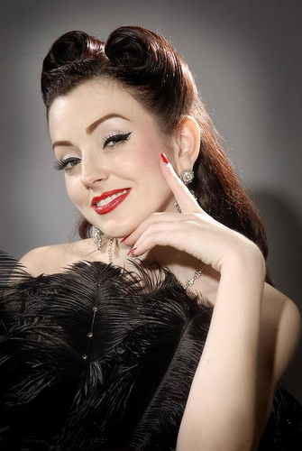 Cool Beyond Fashion And Trends The Elements Of Style Pin Up Short Hairstyles Gunalazisus