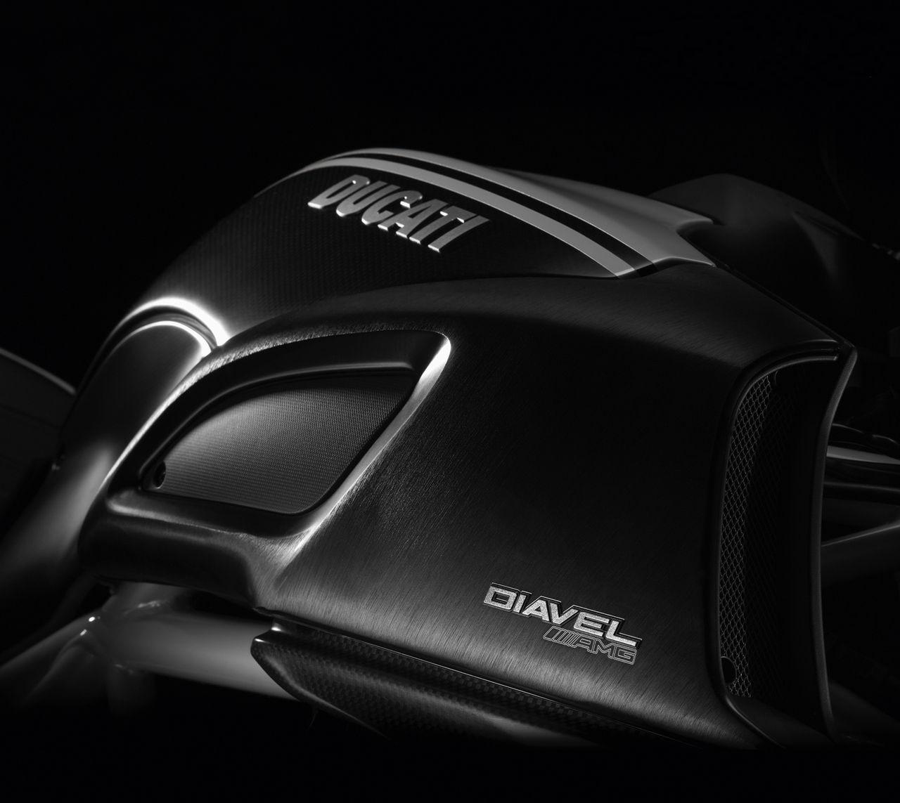 motos e Ducati 2012 Edição Especial AMG