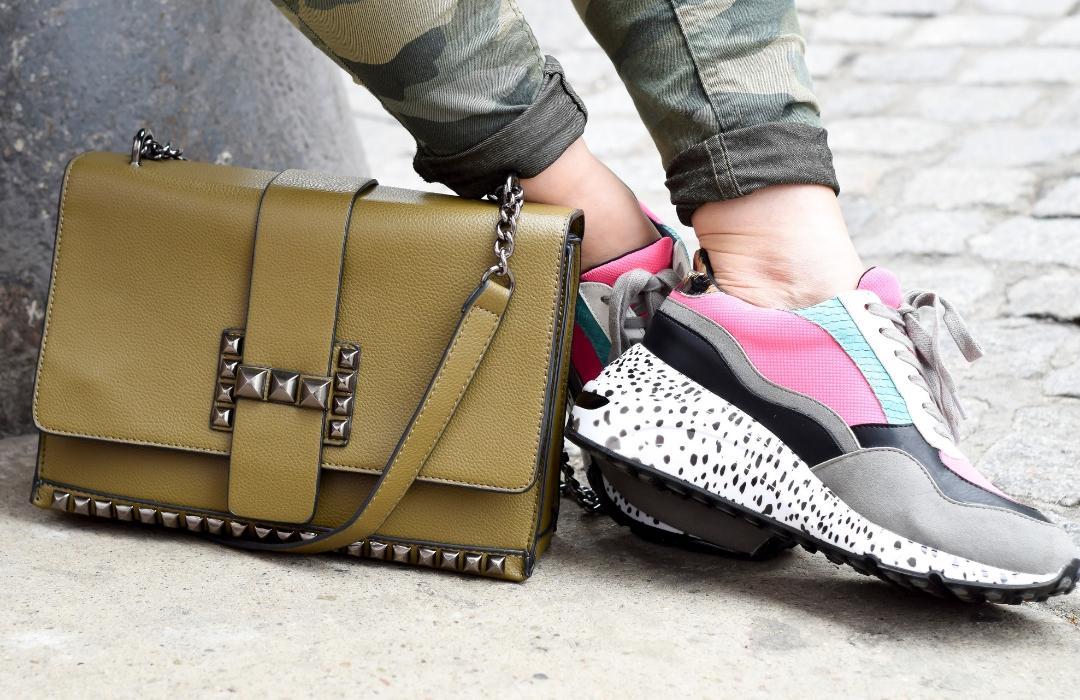 Was passt zu Dad Sneakern, wie style ich den Ugly Sneaker Trend