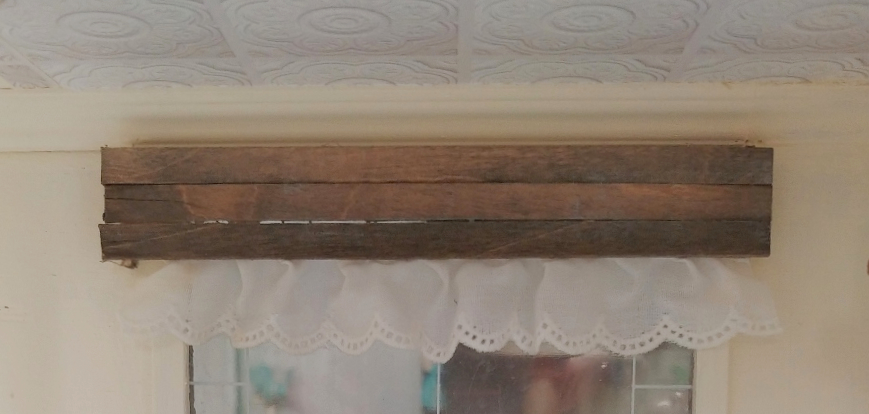 dollhouse window valance