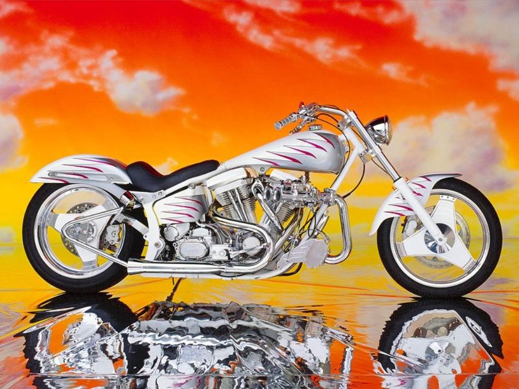 Motorcycle Custom: Auto Review: Harley Davidson Harley