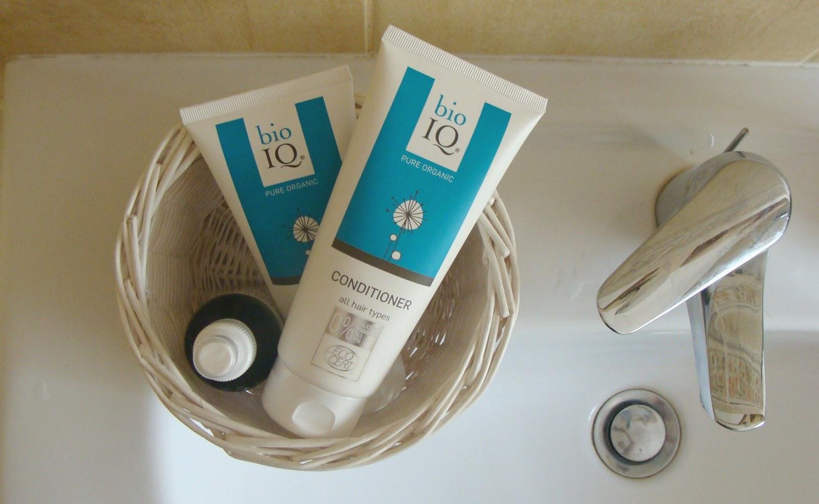 Szampon i odżywka do włosów BioIQ