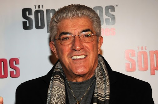 #Sopranos star #FrankVincent DEAD at 78! [details] Frank Vincent, who was best known for his role on...