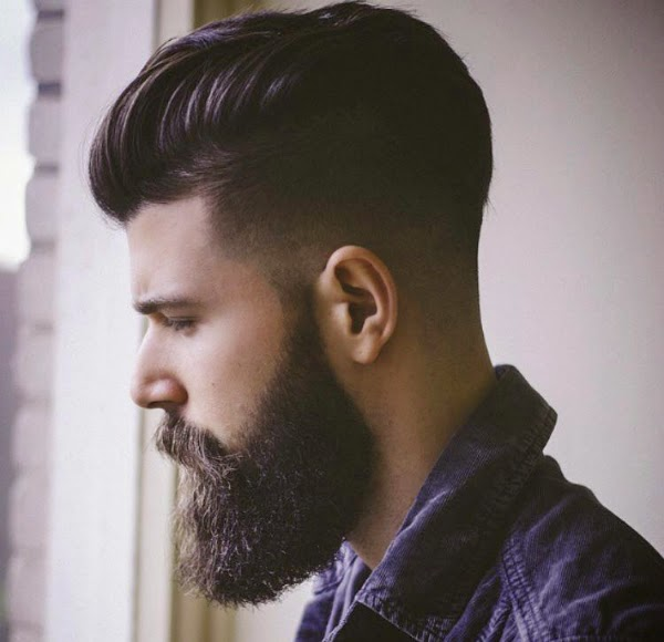 keraeiko: taglio capelli rasati ai lati e lunghi sopra