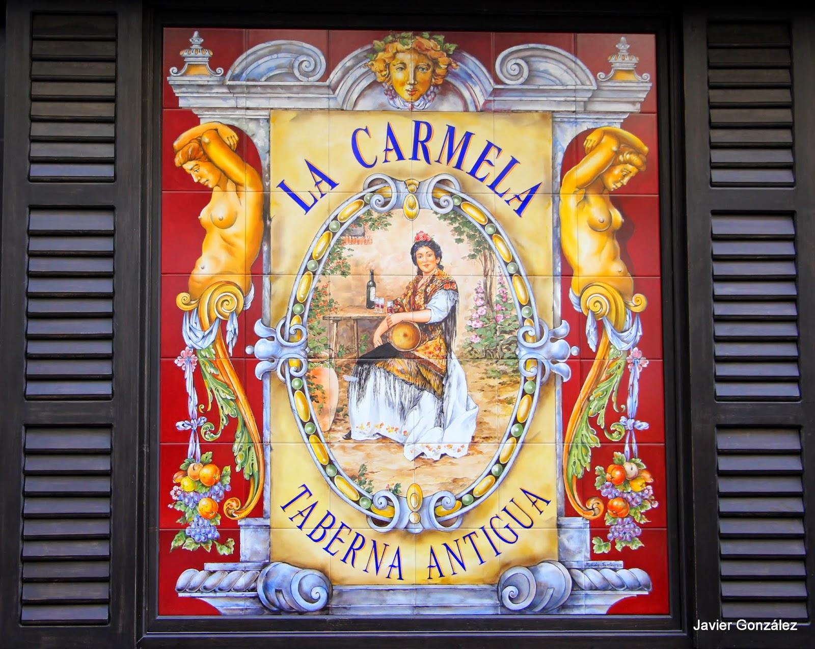 Calle de la Victoria, 4, azulejos Julián Santa Cruz