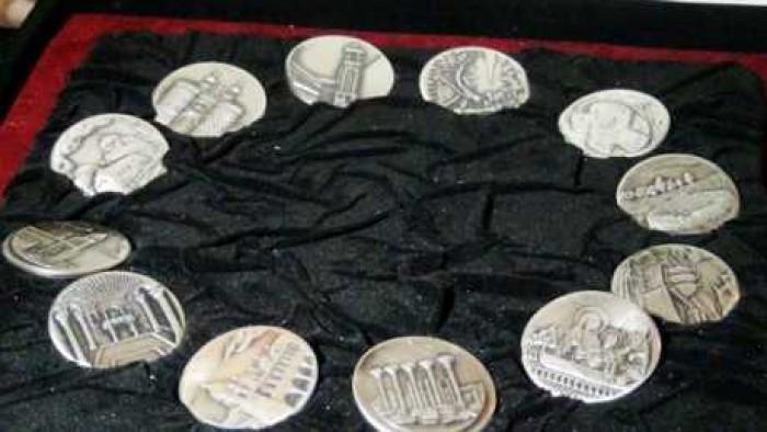 لأول مرة في مصر وزارة المالية تصدر ميداليات وعملات تذكرية لرحلة العائلة المقدسة