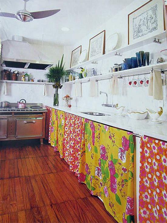 cortina de chita, cortina embaixo da pia, cortina, pia, cozinha, acasaehsua, acasa eh sua, arrumar bagunça, organizar, kitchen curtain, diy, faça você mesmo