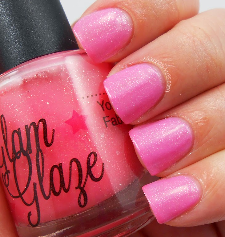 Glam Glaze California Gurls, a thermal nail polish