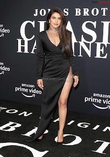 Priyanka Chopra in a Stunning Leg Cut Black Designer Gown ~ bollycelebs.in Exclusive Celebrity Pics 006