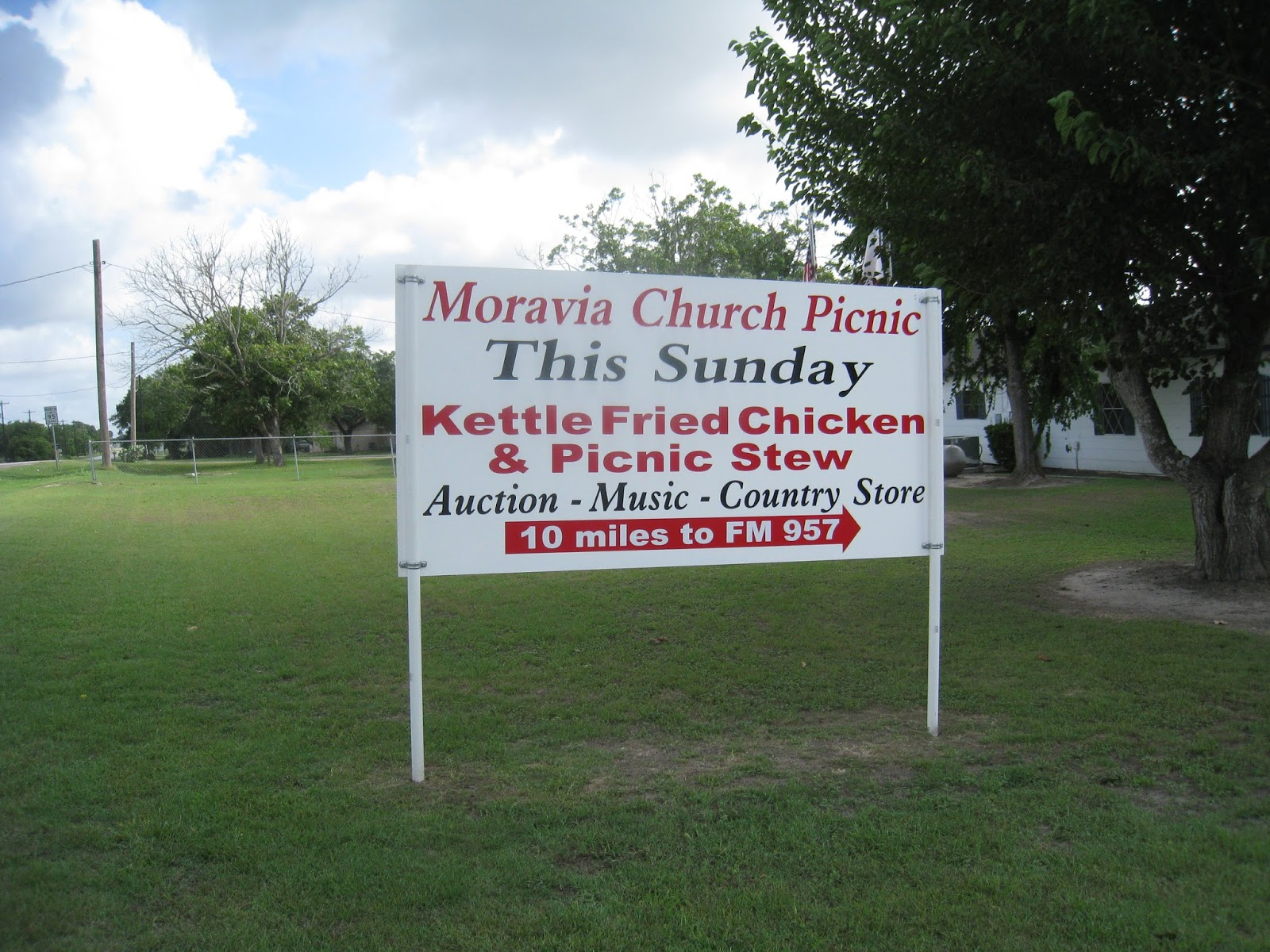 The Fried Chicken Blog: Moravia Parish Picnic
