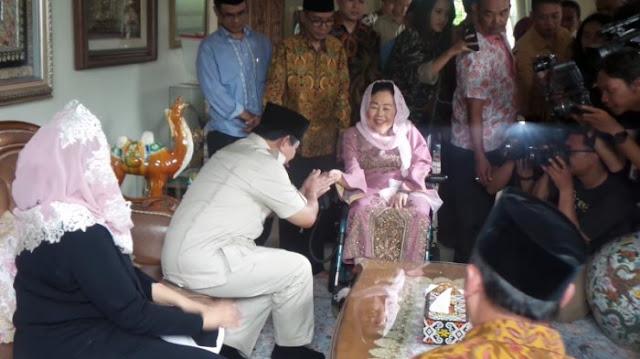 Silaturahmi ke Rumah Gus Dur, Prabowo Nostalgia