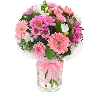 Bagaimana cara menciptakan bunga yang sudah dipetik tahan lebih usang Cara Menjaga Bunga Dalam Vas Segar lebih Lama