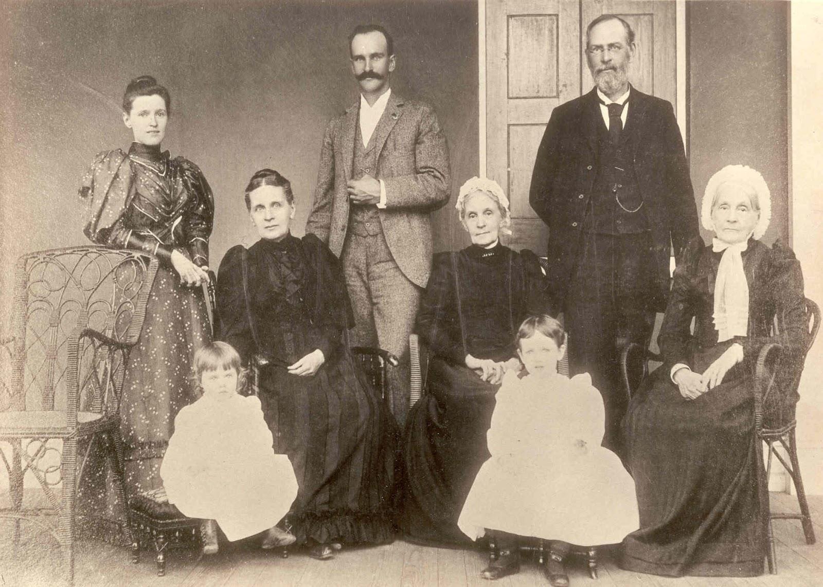Du-Pont Family