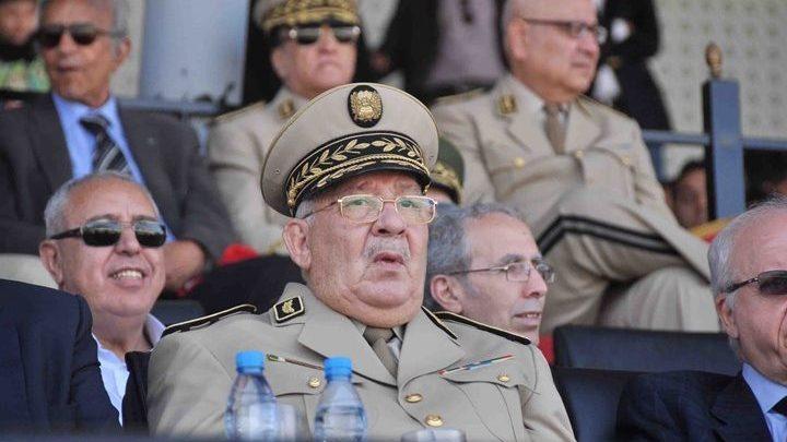 الجزائر..قائد الجيش يدعو الشعب للتحلي بالصبر خلال المرحلة القادمة