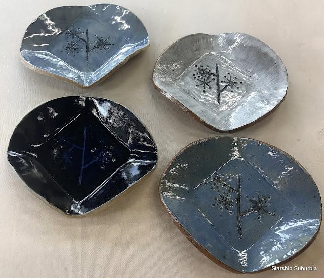 4 Ceramic Plates