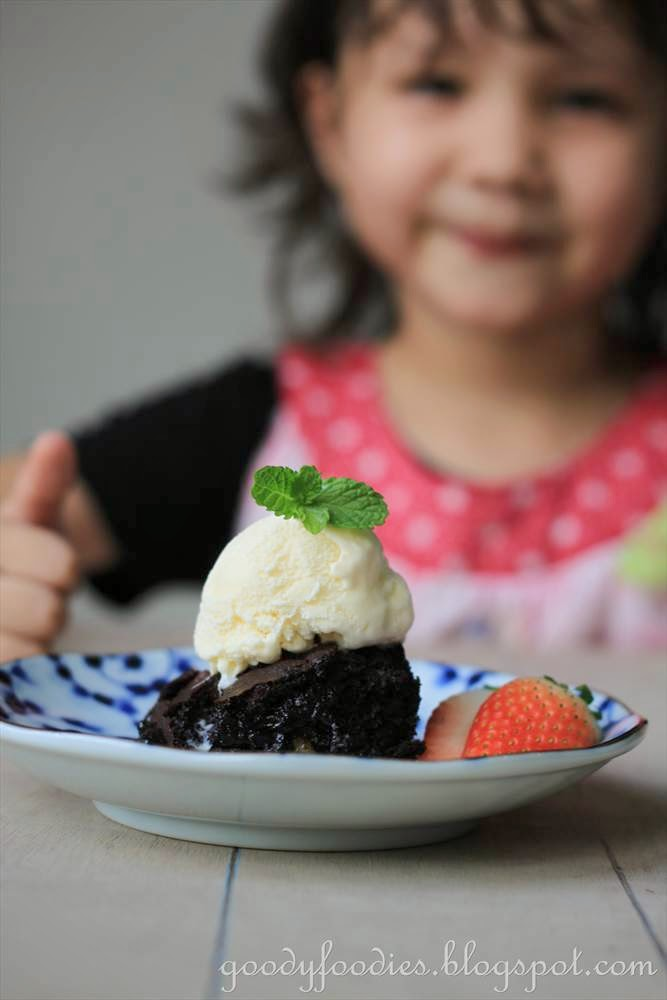 Jamie Oliver Chocolate And Strawberry Birthday Cake