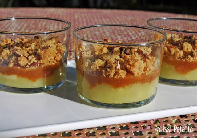 Recettes de pommes, caramel et crumble, verrines pommes et caramel, pommes et caramel beurre salé, dessert avec des pommes,  crumble de pommes autrement, dessert rapide et facile, dessert en verrines,