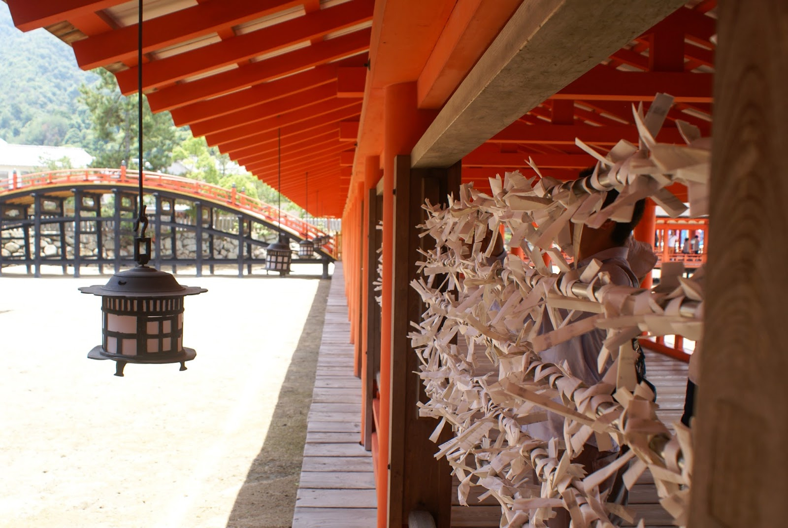 miyajima itsukushima shrine sanctuaire japan omikuji