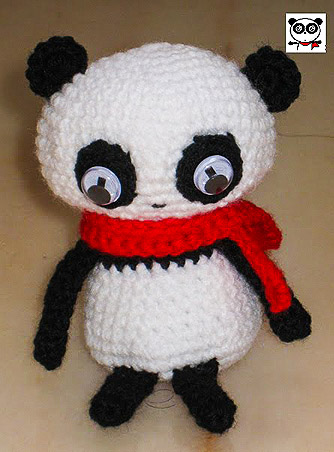 crocheted panda emoticon replica amigurumi