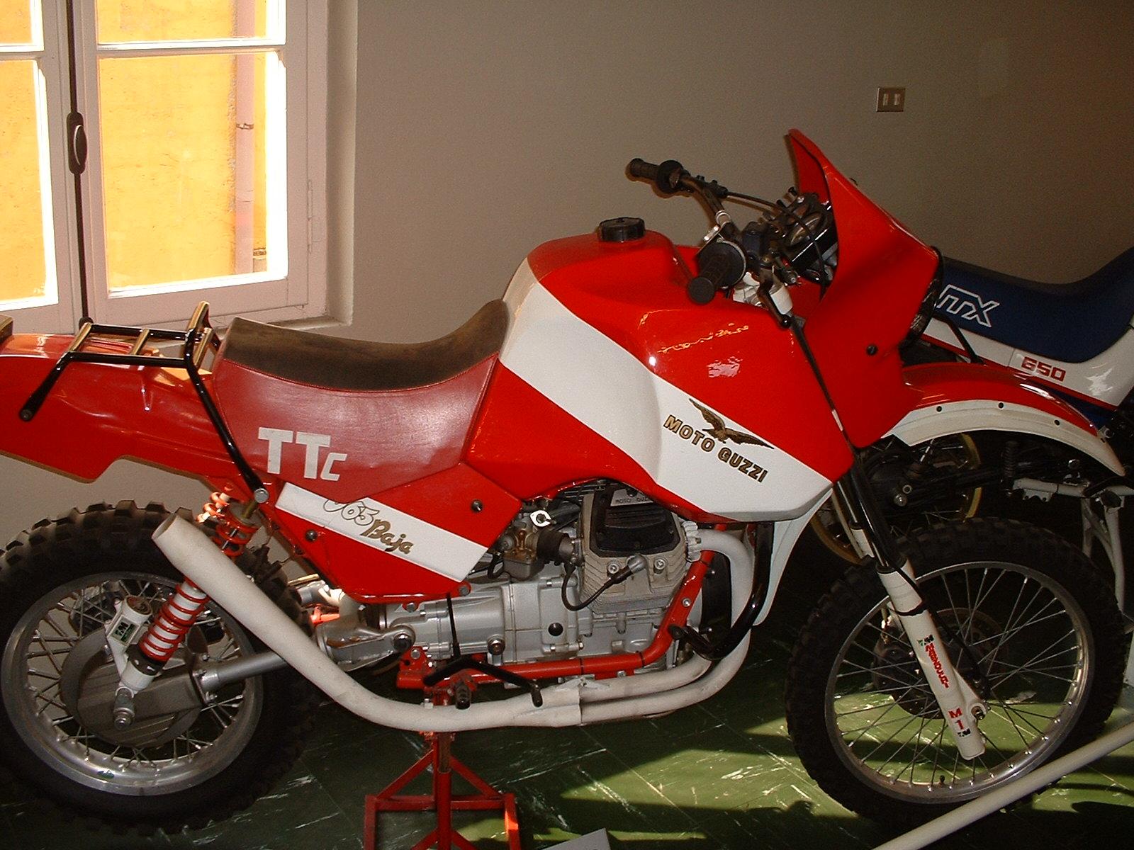 Moto Guzzi V65 TTc Baja
