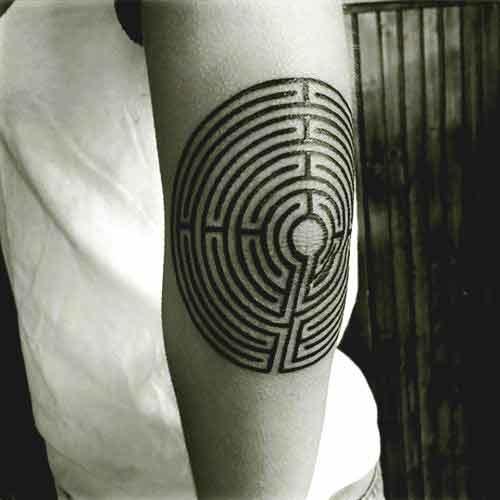 50 Meilleurs Conception Et Idees De Tatouages De Coude Pour Des