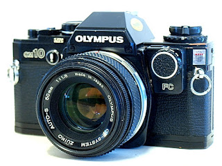 Olympus OM10, Front left