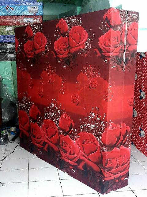 Kasur inoac motif bunga tulip merah