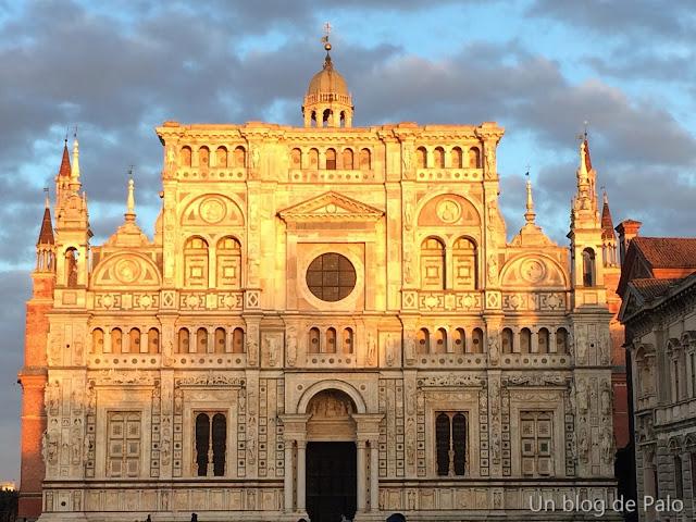 Cartuja - Certosa de Pavia Exterior de la iglesia fachada