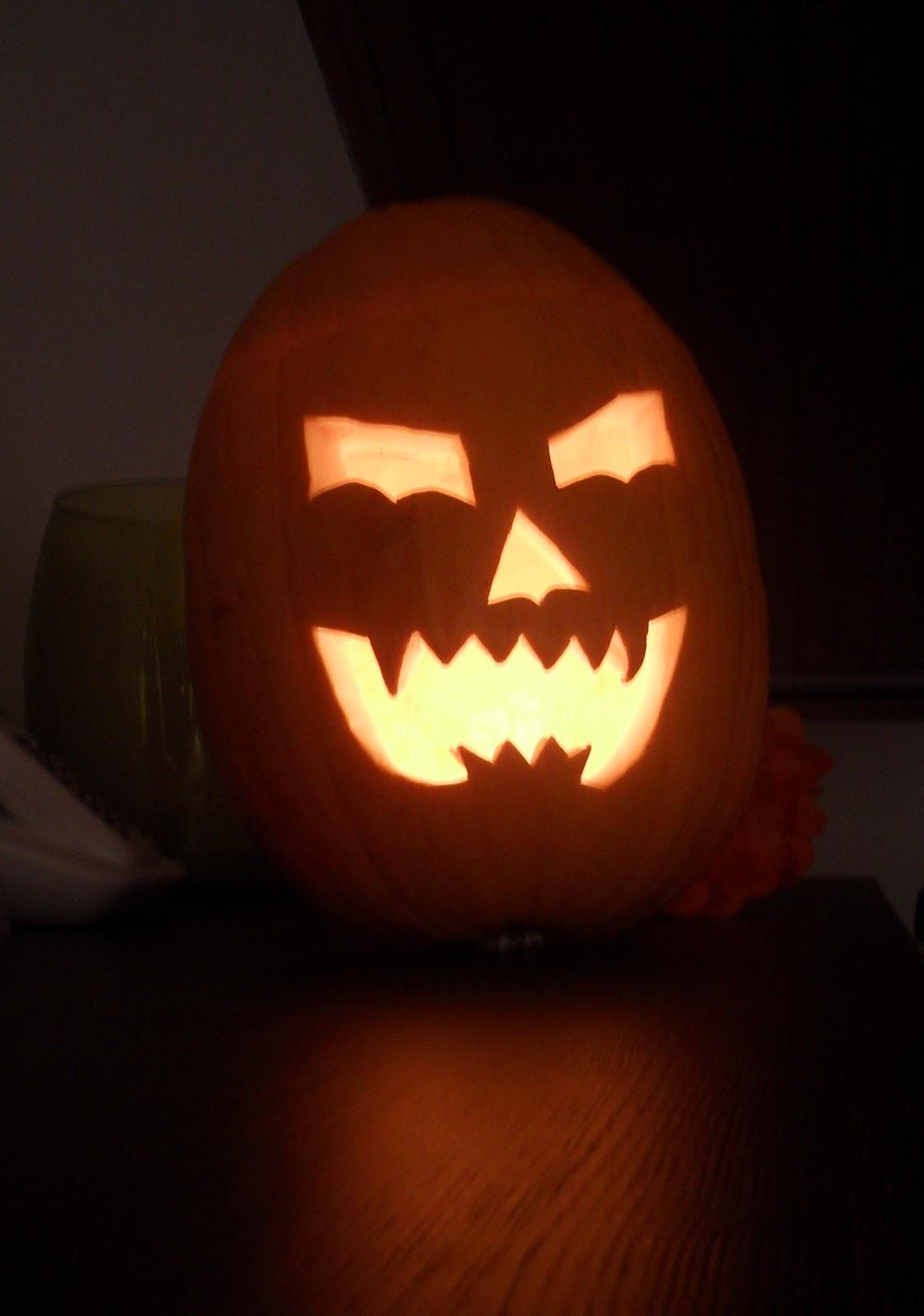 Intagliare Zucca Per Halloween Disegni nina's diary: halloween: tu vuò fà l'americanoe intagliar
