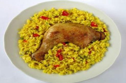 Arroz con Pollo al Estilo Limeño