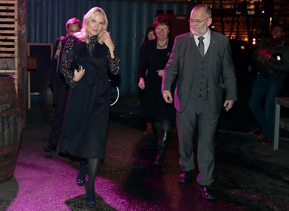 Crown Princess Mette Marit wore H&M ruffle trimmed dress and Manolo Blahnik pumps and UFO cape vest
