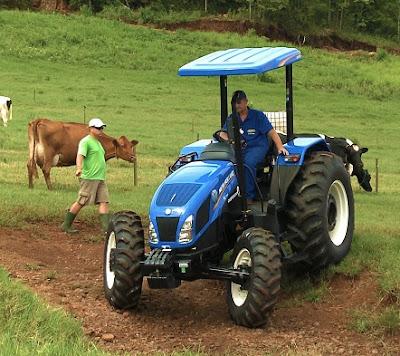 cuanto cuesta un tractor New Holland TL75