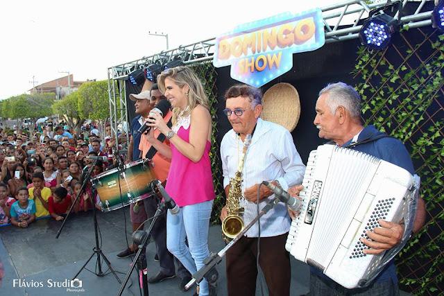 Gravação do Programa Domingo Show é sucesso em Mata Roma; matéria vai ao ar em Janeiro