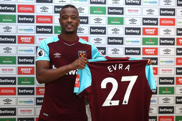 Patrice Evra Resmi Berseragam West Ham