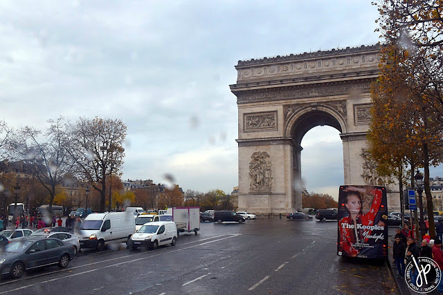 arc de triomph, road, traffic, cars, bus stop