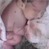 Encontró un recién nacido envuelto en una manta, cuando levanta la manta ocurre algo asombroso.