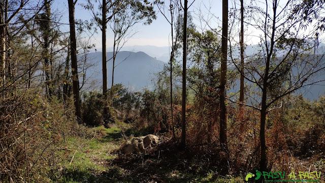Collado en el Pico Siones por la Ruta de la Salamandra
