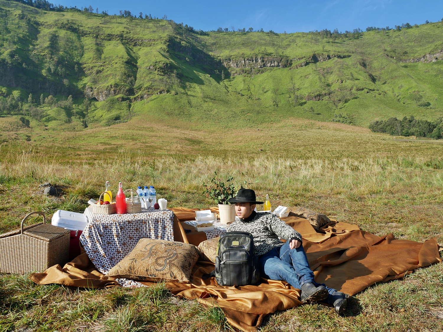 PICNIC BREAKFAST BY PLATARAN BROMO