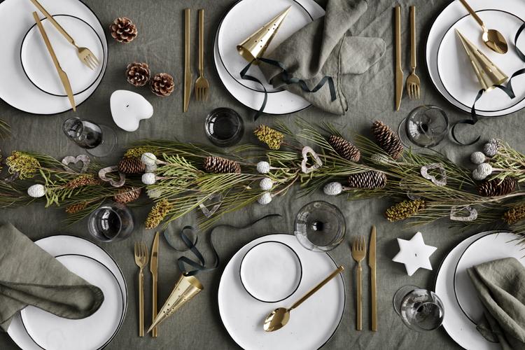Jak wykorzystać gałązki choinki do dekoracji na Święta?