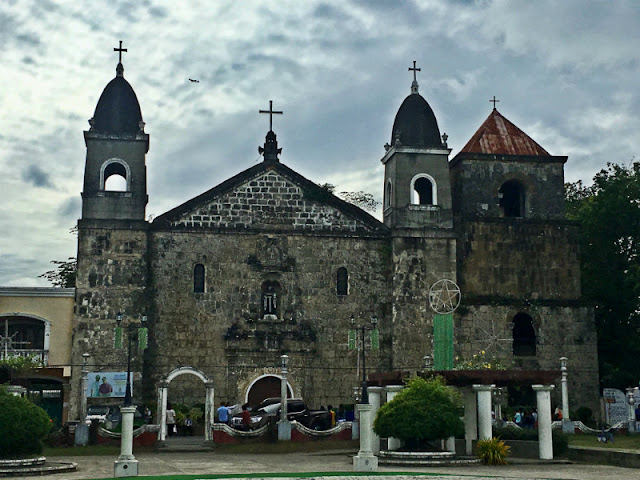 HOW TO GO TO TIGBAUAN CHURCH (1.) From Guimbal Church, ride a jeepnery bound for Iloilo City. Fare is 12 (2.) Disembark at Tigbauan Church. The church is along the road. If you are coming from Iloilo City, ride a jeepney heading for Mohon Terminal then disembark on the opposite side of the road fronting Mohon Terminal and ride another jeepney heading for Tigbauan, Guimbal, Miag-ao or San Joaquin and disembark at Tigbauan Church.