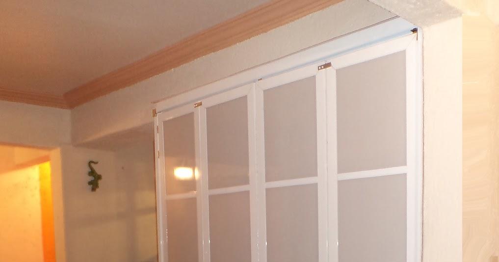 Puertas corredizas de aluminio y policarbonato para cuarto