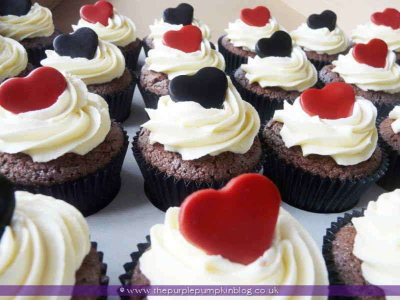 Black Red White Heart Wedding Cupcakes The Purple Pumpkin Blog