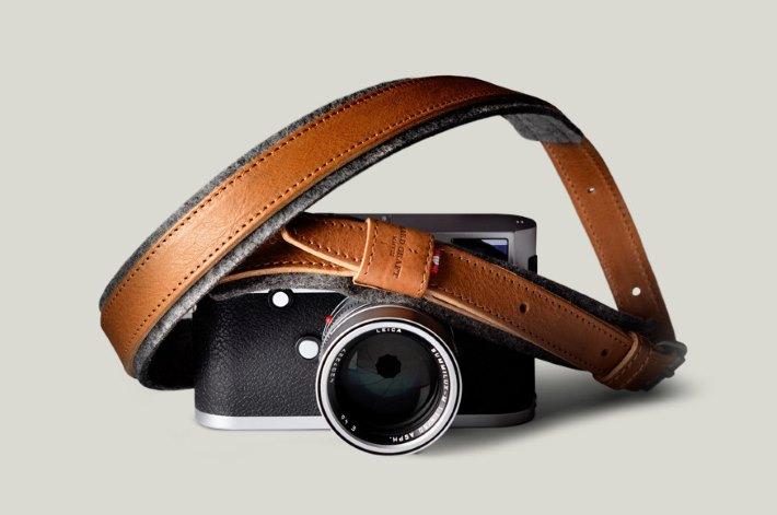 Picture 12: Camera
