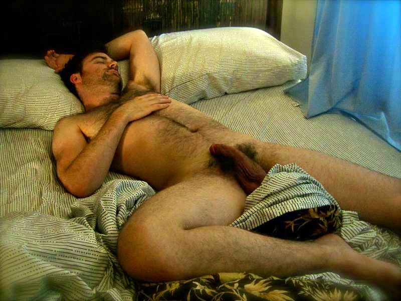 Tios Pajeros Un Hombre Durmiendo Desnudo Sensual