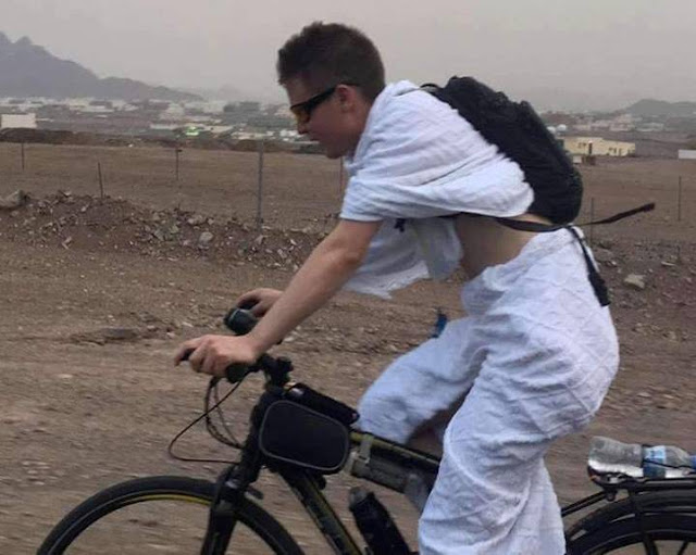 Demi Bisa Berhaji, Pemuda Rusia Ini Tempuh Jarak 6.600 Kilometer Menggunakan Sepeda