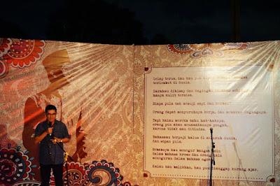 Rumah Baca HOS Tjokroaminoto Bekasi mengadakan Malam Apresiasi Sastra Budaya Peringatan Zelfbestuur 1916