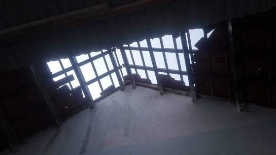 Quảng Ngãi Gió lốc khiến 3 nhà dân bị tốc mái